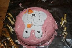 Elephant Birthday Cake MKII - COOKING - DIY, swaps, needlework, sewing, tutorials, cooking, knitting, crochet and so much more on Craftster.org