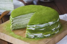 """Today's recipe """"How To Make Matcha Crepe Cake"""" it easy to do at home . The sweetness cream mixture and little bitter of Matcha make it's delicious Green Tea Recipes, Sweet Recipes, Cake Recipes To Impress, Matcha Tea Benefits, Best Matcha Tea, How To Make Matcha, Matcha Cake, Green Tea Ice Cream, Matcha Smoothie"""