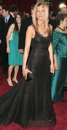 Red Carpet PERFECTION....a minimalistic, unfussy dress with a gorgeous silhouette and neckline...best ever