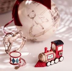 Vintage decorations to get into the jolly Christmas spirit. Available in store & online 🚂🎄  #christmastime #christmasshopping #chocolatshow