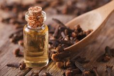 NATURAL TOOTH PAIN RELIEF: The smell of clove is absolutely memorable - unique, pungent, and spicy. Boy is it ever incredible if you have a toothache, though.Check out why it works so well AND save this recipe for relieving tooth pain when you need it! Essential Oil Aphrodisiac, Clove Essential Oil, Cinnamon Essential Oil, Best Essential Oils, Clove Oil For Toothache, Home Remedies, Natural Remedies, Tooth Pain Relief, Cloves Benefits