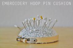 Cute embroidery hoop pin cushion DIY from Yellow Spool (via @SisterDiane & Sew, Mama, Sew!)