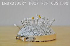 Cute embroidery hoop pin cushion DIY from Yellow Spool (via @SisterDiane & Sew, Mama, Sew!)