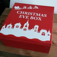 This hand painted Christmas Eve box looks very beautiful. You could try to challenge yourself and prepare something similar for your little one! Our plain wooden boxes and acrylic paints are perfect for this purpose. More DIY inspiration available at www.craftmill.co.uk