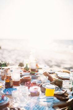 The Ultimate End-of-Summer Bucket List via Summer Dates, End Of Summer, Summer Fun, Beach Picnic, Beach Party, Ferdinand, Nicholas Sparks Novels, Summer Romance, House By The Sea