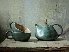 Diese gesamte Teeservice erfolgt mit einer ungiftig und bleifrei-Glasuren, d. h. es ist lebensmittelecht für jede Art von trinken Sie es