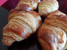 Cómo hacer Croissants paso a paso | Recetas de repostería por Azúcar con Amor - YouTube