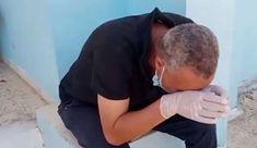 Tunisie : la vidéo poignante d'un directeur d'hôpital en larmes car il n'a plus d'oxygène ! Bandana Bib Pattern, Polo Shirt, Mens Tops, Button, Sunday, African Fashion, City, Polos, Polo Shirts