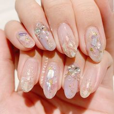 Nails Wedding Flowers For A Miraculous Day A quick guide to planning your wedding flowers You've set Nail Swag, Fancy Nails, Cute Nails, Minimalist Nails, Bright Summer Acrylic Nails, Asian Nails, Hard Nails, Korean Nail Art, Nail Art Designs Videos