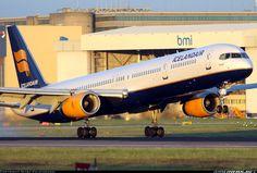 Icelandair Boeing 757-300