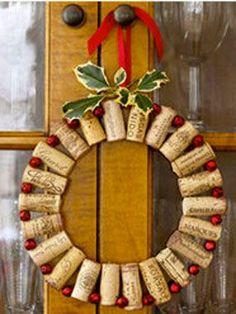 couronne-bienvenue-bouchon-perle-rouge | Décoration maison, Idées deco, Conseils et couleurs peinture