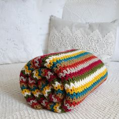 Spring Inspiration - The Crochet Factor V Stitch, Coin Purse, Beanie, Purses, Inspiration, Spring, Bed Covers, Crocheting, Manualidades