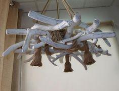 τηλ.6976773699...Φωτιστικό οροφής απο θαλασσόξυλα σε λευκό χρώμα με τεχνοτροπία πατίνας. παραγγελια για οικία στην Μύκονο. Seashell Crafts, Driftwood Art, Sea Shells, Ceiling Lights, Home Decor, Decoration Home, Room Decor, Seashells, Shells