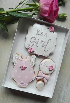 Its a Girl new baby cookie gift box newborn baby gift baby | Etsy Deco Baby Shower, Baby Shower Themes, Baby Shower Decorations, Baby Shower Gifts, Baby Showers, Fancy Cookies, Royal Icing Cookies, Summer Cookies, Valentine Cookies