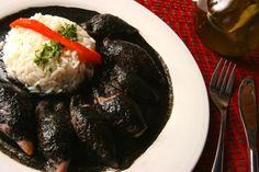 Txipirones o calamares en su tinta. Un plato típico vasco.