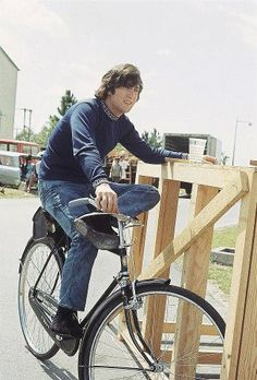 pretty good at leaning against a pallet but can he ride?