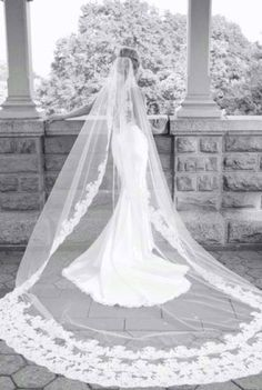 Learn about bridal veil styles and which will work best for your wedding  gown and hair style. Bridal veil color should match your dress or be  lighter. 652bcf03bf89a