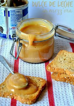 Dulce de leche in mezz'ora Italian Desserts, Mini Desserts, No Bake Desserts, Italian Recipes, Delicious Desserts, Sweets Recipes, My Recipes, Filet Mignon Chorizo, Homemade Seasonings
