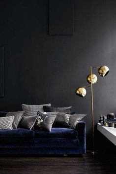 Matt, velvet and metallic.. What more could you ask for?!