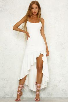 white maxi dress,beach maxi dress, summer maxi dresses from MychicDress - Women's style: Patterns of sustainability White Maxi Dresses, Sexy Dresses, Cute Dresses, Dress Outfits, Prom Dresses, Fashion Outfits, Awesome Dresses, Dress Fashion, White Summer Dresses