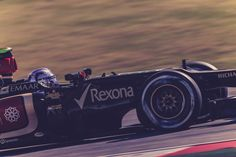 Romain in his new lid Usa Grand Prix, Formula One, F1, Lotus, Racing, Japan, Running, Lotus Flower, Auto Racing