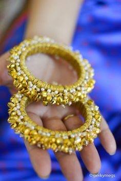 Different types of Bangles for Indian weddings and parties. Get to know the latest trends in bangles with unique and beautiful designs. Silk Thread Bangles Design, Silk Bangles, Thread Jewellery, Beaded Bracelets, Bangle Ceremony, Hyderabadi Jewelry, Indian Jewelry, Indian Bangles, Handcrafted Jewelry