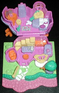 1994 Polly Pocket Rabbit House - Animal Wonderland Collection  Bianca's Burrow Bluebird Ref. No. 951661  Rabbit House Mattel 13859