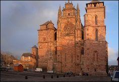 ✅ Cathédrale Notre-Dame de Rodez (Aveyron)