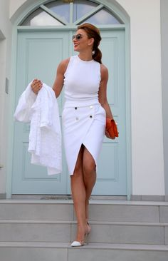 Since we all (some of us) struggle in relationships, at one moment or an other, at one level or an other, I thought of sharing few thoughts on this matter . Ramona Filip, Chic Summer Style, Beautiful Outfits, Beautiful Clothes, Healthy Relationships, Tango, Photos, One Shoulder, White Dress