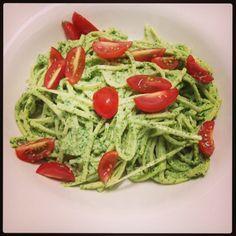 Humm que delícia!: Spaghetti de pupunha com pesto de rúcula