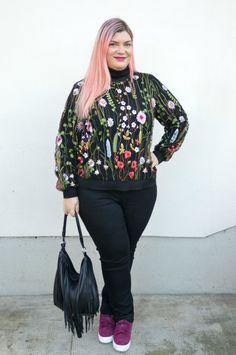Outfit: floreale ricamato e nero