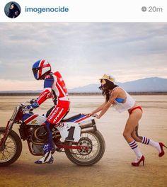 El Corra Motors: Instagram random