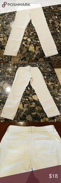 EUC Loft Cream Denim Pants Curvy Skinny LOFT pants.  Size 25/0.  Unfolded length is about 38 inches. Cream color with 99% cotton and 1% spandex.  Two front pockets and two back pockets.  Mint condition! LOFT Jeans