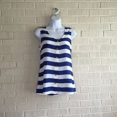⭐️NWOT Nautical sleeveless top Navy and white striped button down sleeveless top with gold buttons and silky Boutique Tops