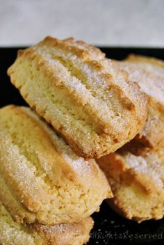 Biscotti inzupposissimi allo yogurt - Tentar non nuoce: A Iorio p Italian Cookie Recipes, Italian Cookies, Italian Desserts, Biscotti Biscuits, Biscotti Cookies, Italian Biscuits, Biscuit Recipe, Love Food, Sweet Recipes