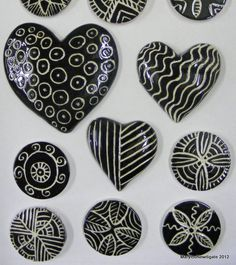 08 hearts in black and white 150x150 Mosaic Inserts