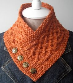 We Like Knitting: Celtic Cable Neckwarmer - Free Pattern