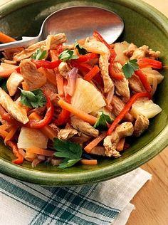 My Slimming World chicken stir fry recipe. #slimmingworldrecipes #stirfryrecipes                                                                                                                                                                                 More