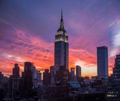 Empire State Building at dusk, Manhattan, New York City, New York State, USA