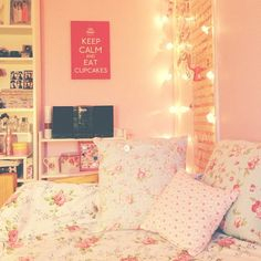 like the background but would change the pillows and comforters.