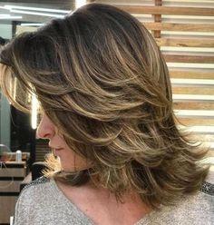 12 Alluring Layered Blonde Haircuts for Women mittellanges haar medium hair haar Haircuts For Medium Hair, Blonde Haircuts, Medium Hair Cuts, Layered Haircuts, Medium Hair Styles, Curly Hair Styles, Layers In Medium Hair, Medium Haircuts With Layers, Haircut Medium