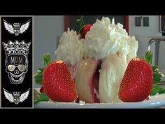 NEJCHUTNĚJŠÍ JAHODOVÉ DOMÁCÍ KYNUTÉ KNEDLÍKY   OVOCNÉ KNEDLÍKY   VIDEORECEPTY   RECEPTY - YouTube Strawberry, Fruit, Food, Youtube, Recipes, Essen, Strawberry Fruit, Meals, Eten