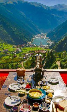 breakfast with view (Place: Uzungöl -Trabzon-Turkey) // Photography by( Turkey Destinations, Travel Destinations, Trabzon Turkey, Breakfast Around The World, Turkey Places, Turkey Travel, Turkey Vacation, Destination Voyage, Photos Voyages