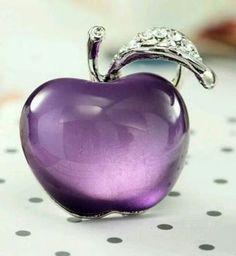 Purple Glass Apple ~ Perfume Bottle ღ✟ Purple Love, Purple Glass, All Things Purple, Shades Of Purple, Purple Stuff, Purple Art, Glas Art, Malva, Beautiful Perfume
