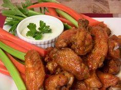 Super Bowl Recipe: Garlic & Habanero Hot Wings and Lemon Pepper Wings - YouTube