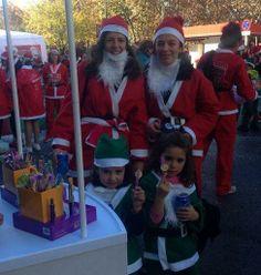 Papa Noeles muy solidarios colaboran comprando nuestro #boligrafo de esta edición