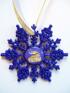Minnesota VIKINGS Football Handcrafted Snowflake by ZZsTeamTime on Etsy