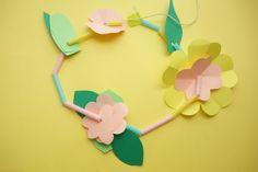 Art For Kids, Crafts For Kids, Straw Crafts, Flower Mobile, Koala Kids, Flower Plates, Origami Easy, Handmade Flowers, Paper Plates