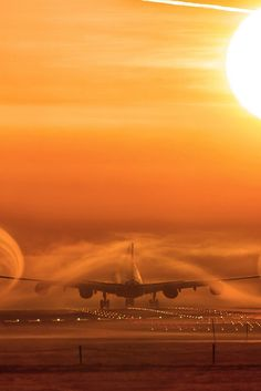 A340 wake turbulence at the break of dawn | by THPlanespotting