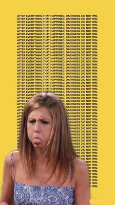wallpaper friends Whos your favorite friends character If its Rachel me now thanks byeee Tv: Friends, Chandler Friends, Friends Cast, Friends Moments, Friends Series, Friends Tv Show, Friends Forever, Wallpaper Iphone Cute, Disney Wallpaper